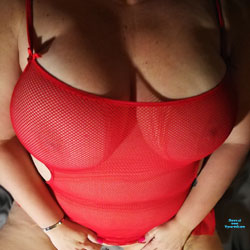 She Wants To Show It Off - Big Tits, See Through, Amateur