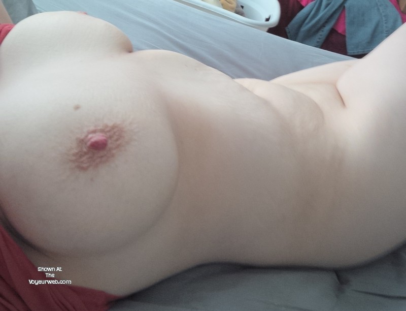 Pic #1 Very large tits of my girlfriend - Emmas-boobs