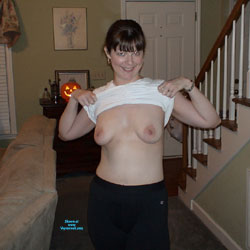 Sexy MILF Wife - Nude Wives, Big Tits, Brunette, Amateur