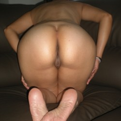 My wife's ass - Elize