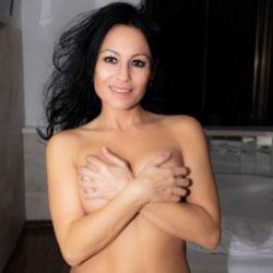 Introducing Elsa To VoyeurWeb!!! - Nude Amateurs, Big Tits, Brunette, Mature