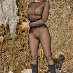 Nylons In Snow - Big Tits, Lingerie, Outdoors, See Through, Amateur