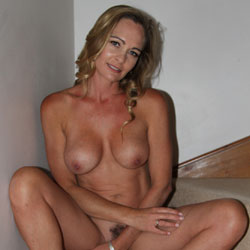 More MILF - Big Tits, Hairy Bush, Milf, Naked Girl, Amateur