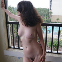 Fun Florida Vacation - Big Tits, Brunette Hair, Hairy Bush, Nude Outdoors, Nude Wife, Sexy Lingerie, Amateur