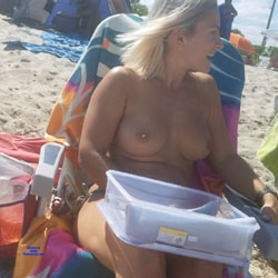 Haulover Beach Pt. 3 - Beautiful Blonde - Topless Girls, Beach, Big Tits, Blonde, Outdoors, Beach Voyeur