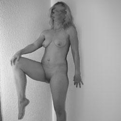 Some Posing - Nude Amateurs, Big Tits, Mature