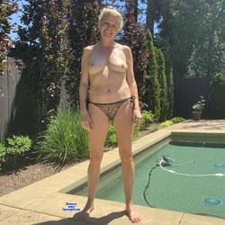 Curvy Shots - Nude Amateurs, Blonde, Mature, Outdoors