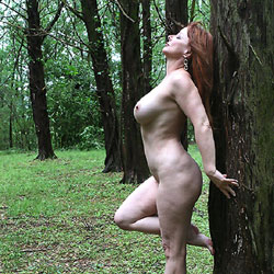 Curvy Trees - Nude Amateurs, Big Tits, Mature, Outdoors, Nature, Redhead