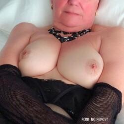 My medium tits - Sonoma