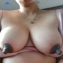 Ready And Waiting - Big Tits, Close-Ups, Pussy, Amateur, Big Nipples
