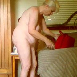 BBW Mature Wife Poses 4U - Nude Wives, BBW, Big Tits, Mature, Amateur