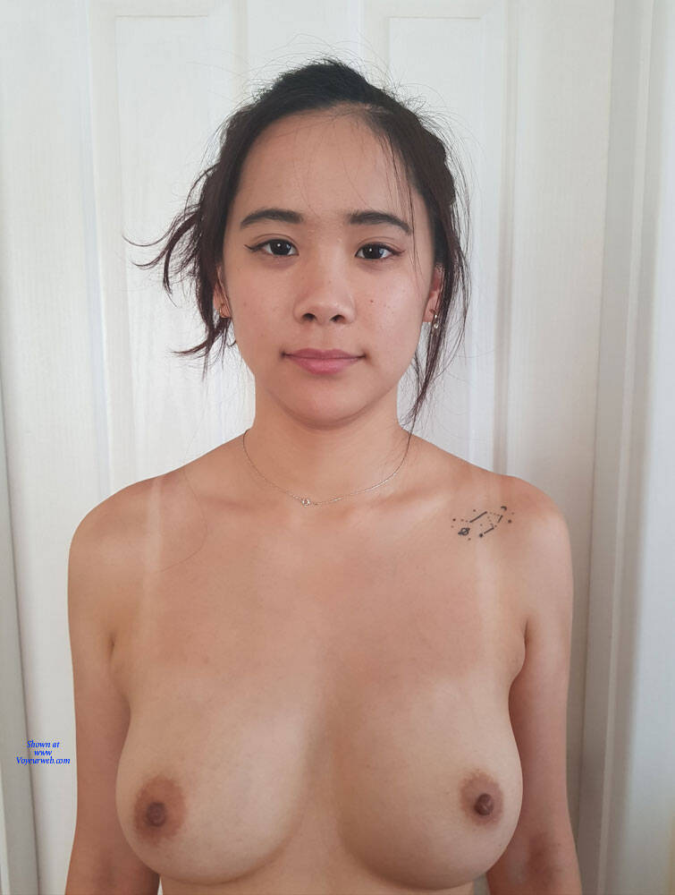 Big Natural Tits Teen Black