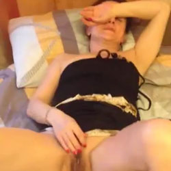 Mature Woman Is Bored Without A Member - Mature, Amateur
