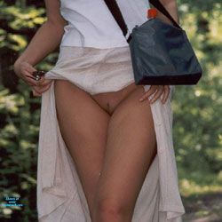 W Bieli - Pantieless Girls, Outdoors, Shaved, Amateur