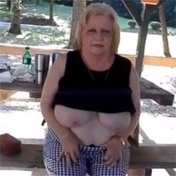 Big Uns - Big Tits, Mature, Outdoors, Amateur