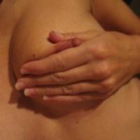 Medium tits of my wife - BG