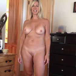 Ash - Nude Wives, Big Tits, Blonde, Blowjob, Shaved, Amateur, Outdoors