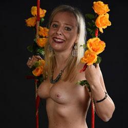 A Beautiful Model - Big Tits, Blonde Hair, Naked Girl, Amateur