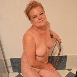Nadia - Nude Wives, Big Tits, Mature, Amateur