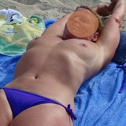Topless At The Beach - Topless Amateurs, Beach, Big Tits, Mature, Outdoors