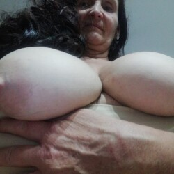 My very large tits - Mary DD