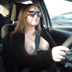 Medium tits of a neighbor - The Driver