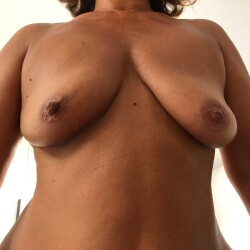 Medium tits of my wife - Mat Mat