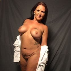 Modeling For Big Sexy - Big Tits, Brunette Hair, Tattoo, Naked Girl, Amateur