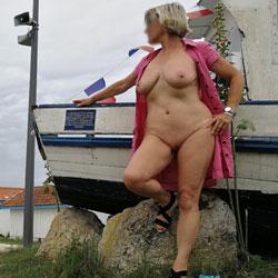 Deshabillez Moi - Nude Girls, Big Tits, Public Exhibitionist, Flashing, Outdoors, Public Place, Amateur