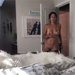 Naked Walk Slo-Mo  - Nude Girls, Brunette, Amateur