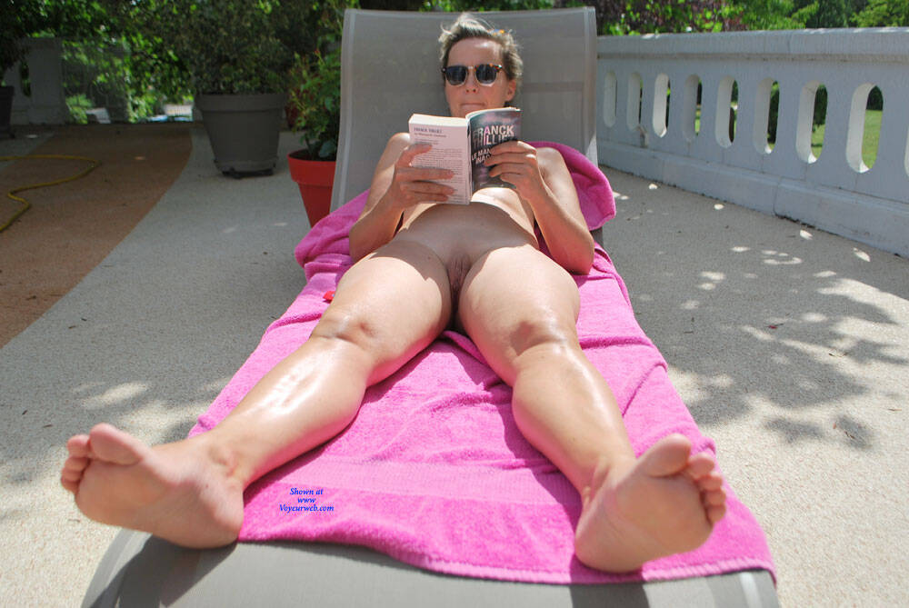 Pic #5 Magali Outdoor - Nude Amateurs, Outdoors