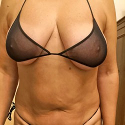 Trying Lingerie - Big Tits, Lingerie, Amateur