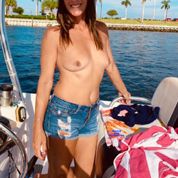 Sun Kissed Summer Days!! - Nude Girls, Big Tits, Outdoors, Amateur