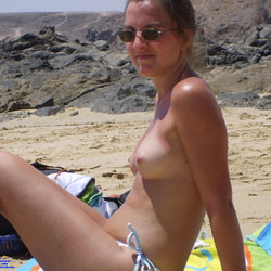 Tinder holiday catch  - Topless Friends, Beach, Outdoors, Amateur, Medium Tits