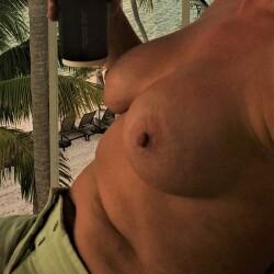 Large tits of my wife - Keys FUNSIZE