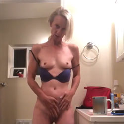 Stripping - Nude Girls, Blonde, Masturbation, Penetration Or Hardcore, Amateur, Girls Stripping