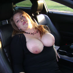 American Muscle - Big Tits, Outdoors, Amateur