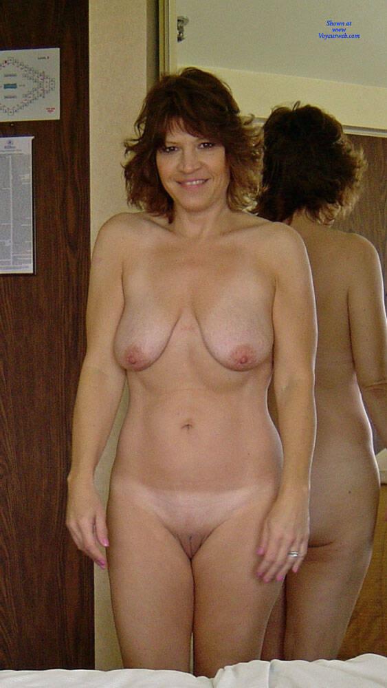 Homemade amateur mature bbw wife pnp