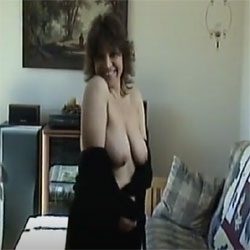 Sexy Theresa - Nude Girls, Big Tits, Brunette, Shaved, Amateur