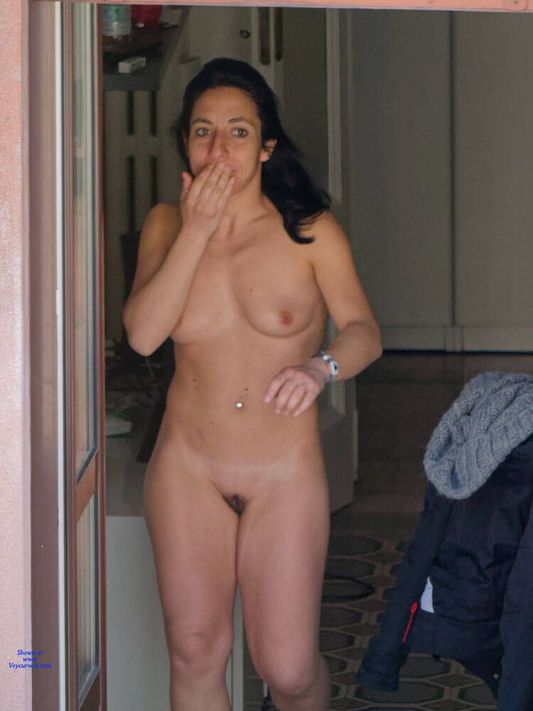 Hots Nude Neighor HD