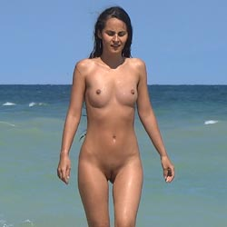 Long Haired Brunette 2g - Nude Girls, Beach, Brunette, Outdoors, Shaved, Beach Voyeur