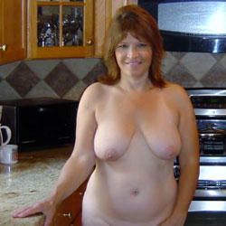 Lovely Theresa - Big Tits, Nude Amateur