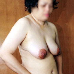 Red Underwear - Topless Amateurs, Big Tits, Brunette, Mature