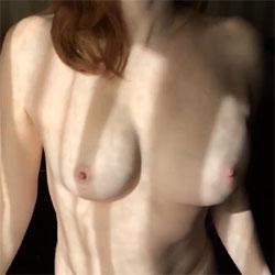 Shake, Shake, Shake...Shake Your Boobies - Nude Girls, Big Tits, Amateur