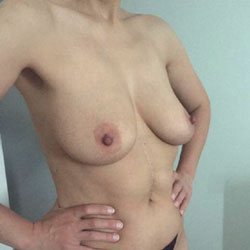 Beautiful - Topless Wives, Big Tits, Mature, Amateur