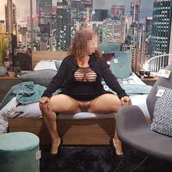 Lola November 2019 Spread Shopping - Pantieless Girls, Public Exhibitionist, Flashing, Public Place, Shaved, Amateur
