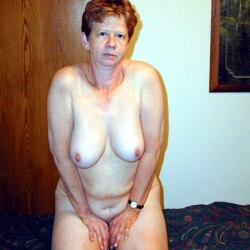 Medium tits of my wife - the queen