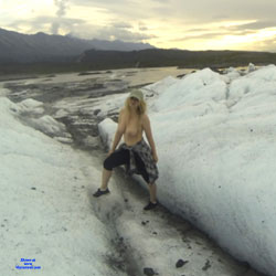 Boobs In Mountain - Big Tits, Blonde, Outdoors, Amateur
