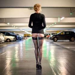 Parisian Parking - Pantieless Girls, Public Exhibitionist, High Heels Amateurs, Lingerie, Public Place, Amateur, stockings pics