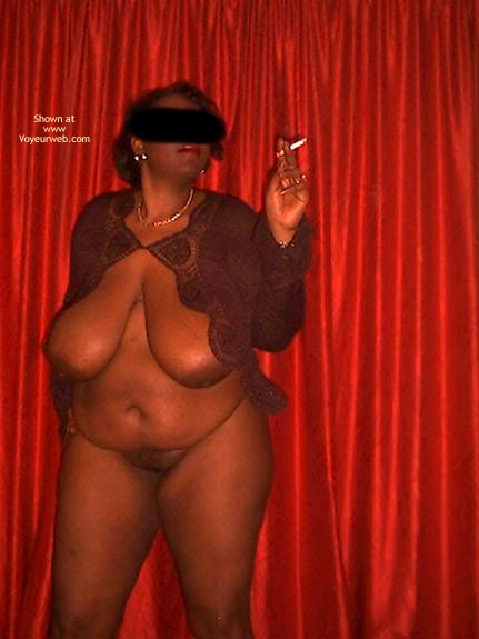 Pic #10 - Heathrow Girl Strips